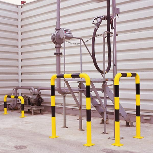Arceaux de protection métallique de sécurité rayés jaune et noir