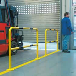 Barrières de protection métallique jaune/noir