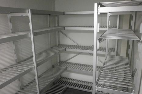 Rayonnage en aluminium alimentaire pour zone réfrigérée
